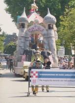 Vriendenkring De Oude Ambachten. Foto's De magische wereld van het pretpark. Parade van Vermaeck Brabantsedag. MiekevanOs.